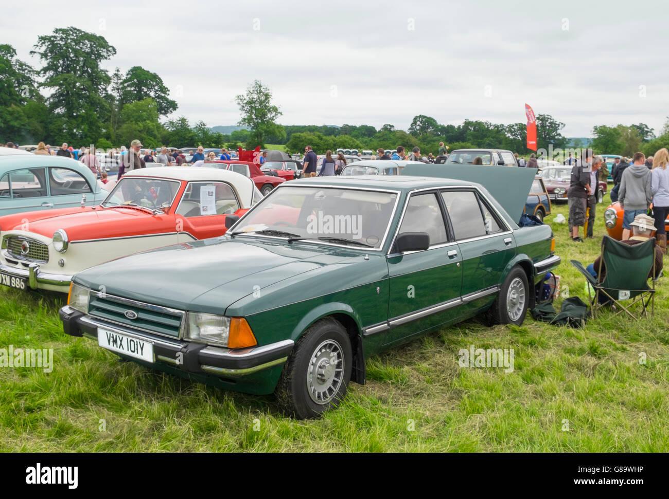 Berkeley castle classic car show 2016 ford granada stock image