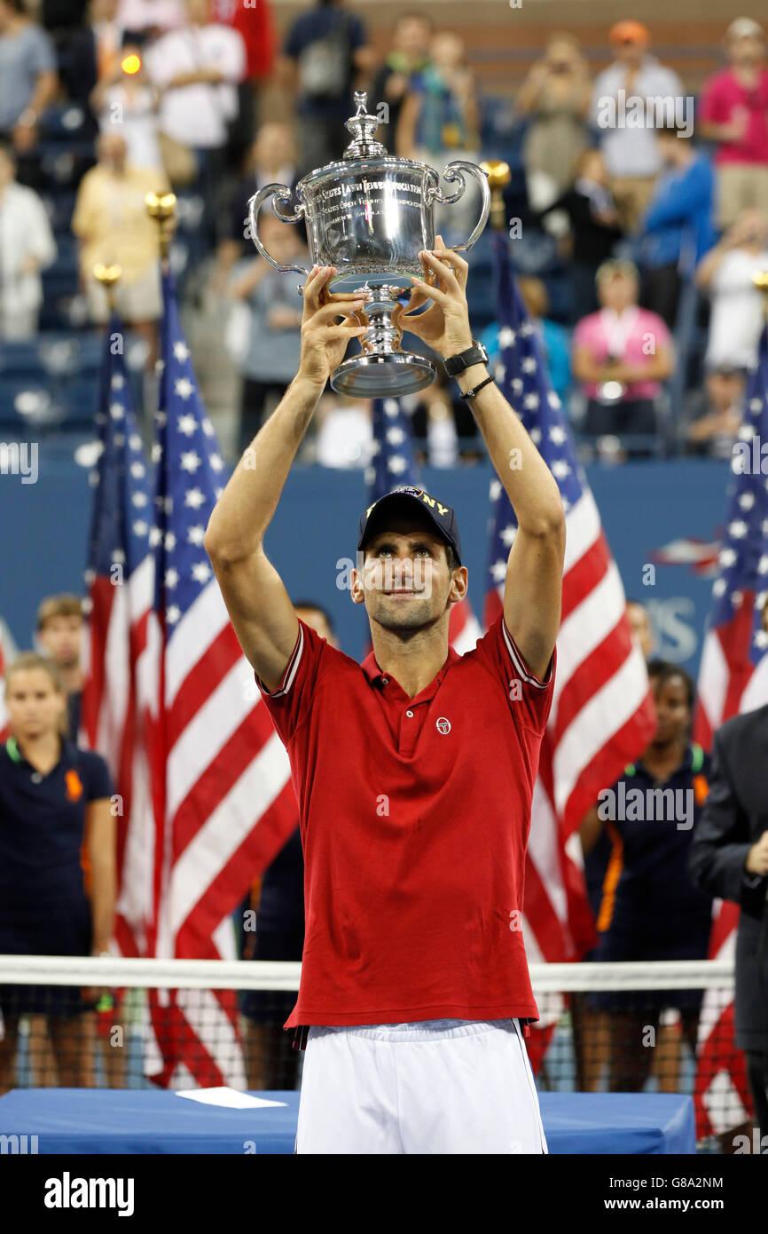 Awards ceremony, Novak Djokovic, SRB, winner of the men's final holding up his trophy, ITF Grand Slam tennis - Stock Image