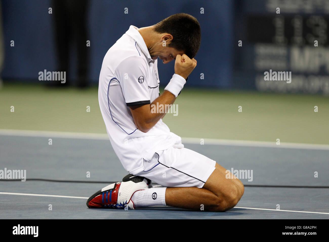 Men's final, Novak Djokovic, SRB, kneeling, ITF Grand Slam tennis tournament, U.S. Open 2011, USTA Billie Jean - Stock Image