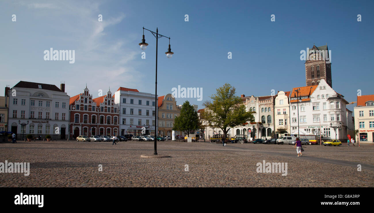 Gabled houses on the market, Wismar, Mecklenburg-Western Pomerania, PublicGround - Stock Image