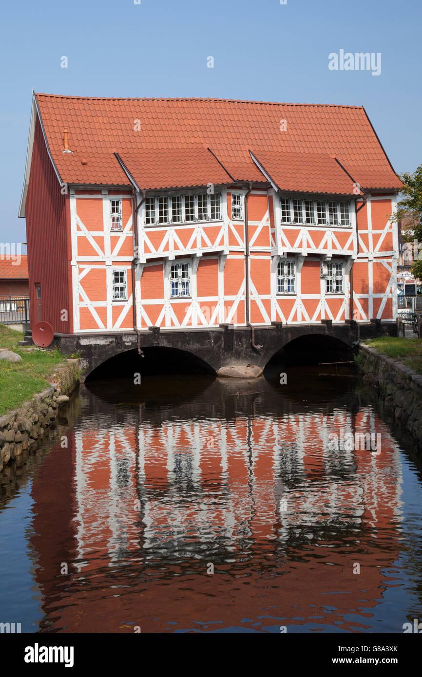 """Half-timbered house """"Gewoelbe"""" on the Frische Grube brook, Wismar, Mecklenburg-Western Pomerania, PublicGround Stock Photo"""