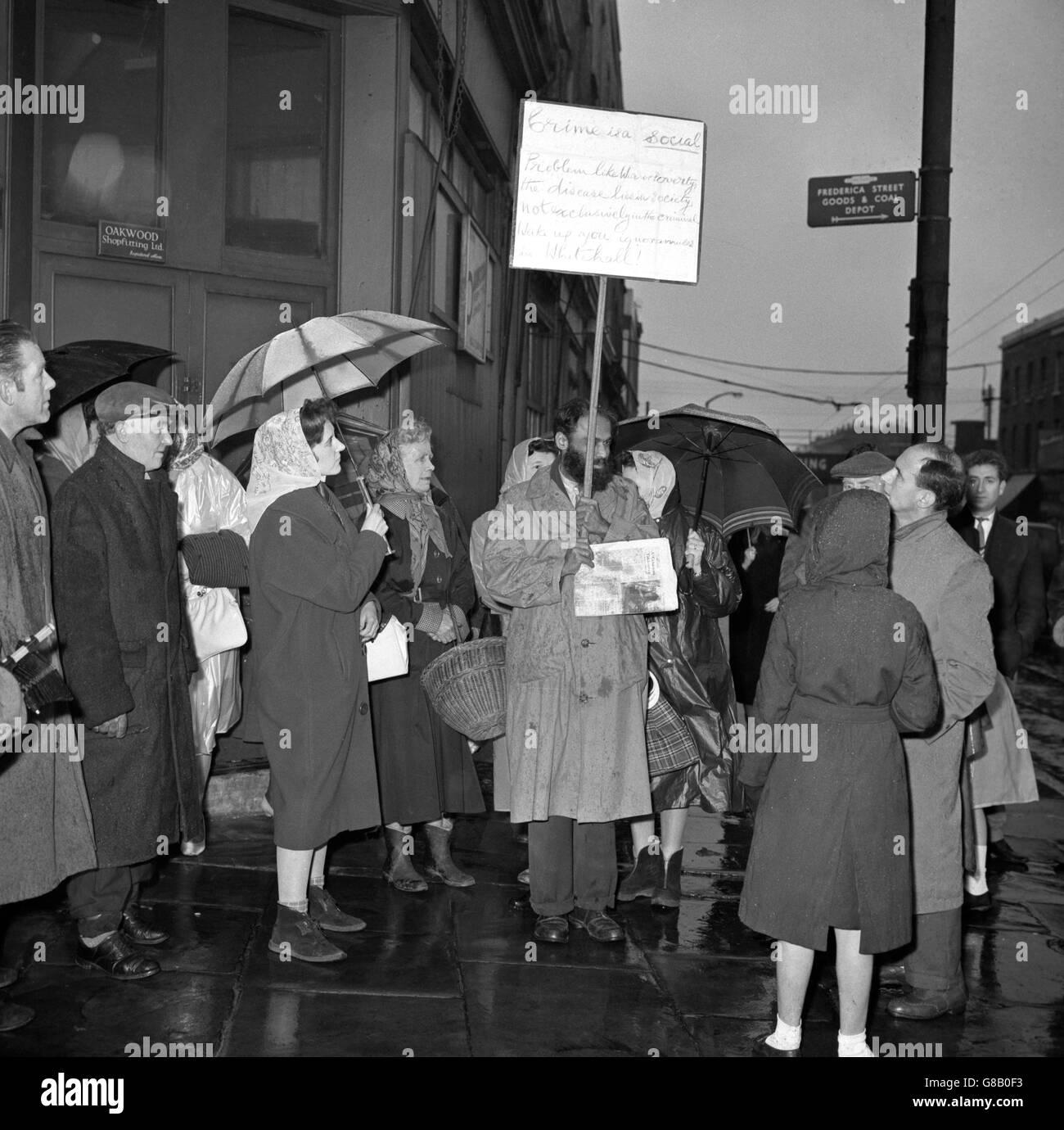 Public Execution Black And White Stock Photos Amp Images Alamy