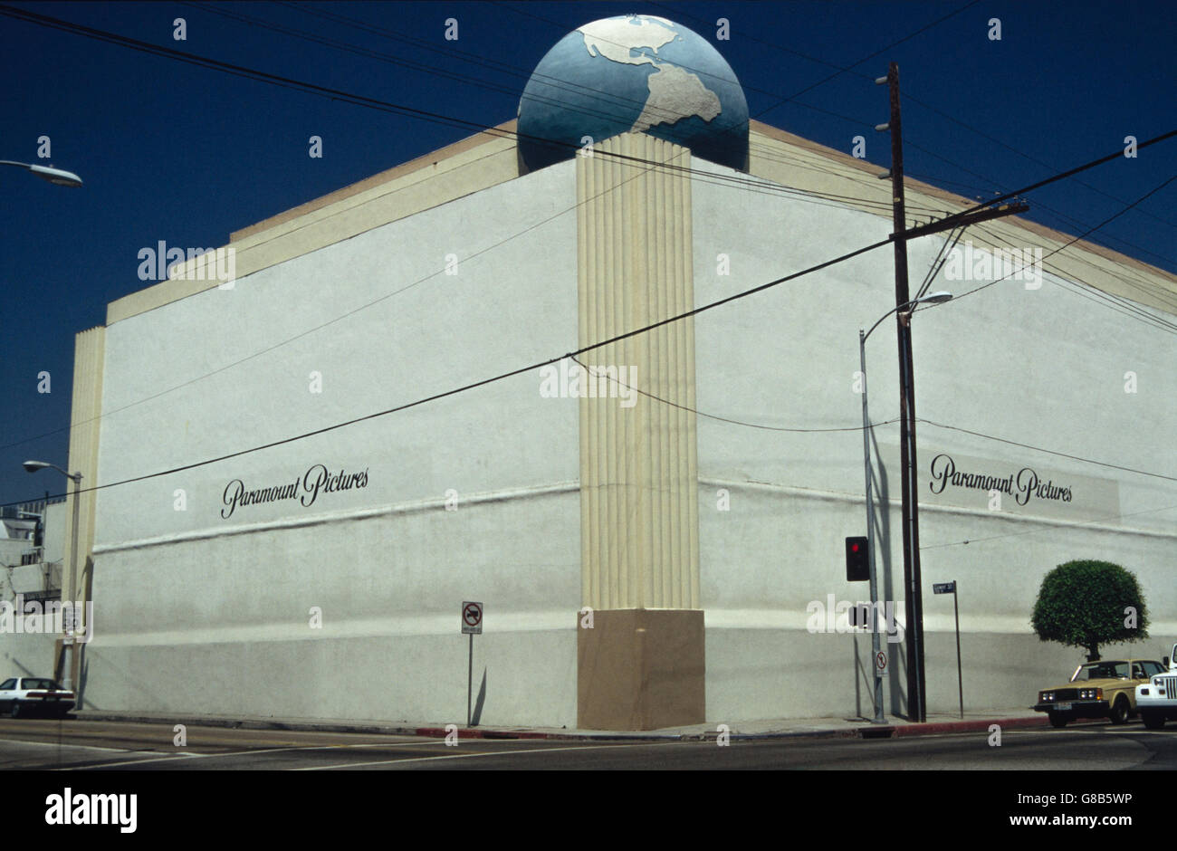 Archive image of Paramount Pictures building, former RKO