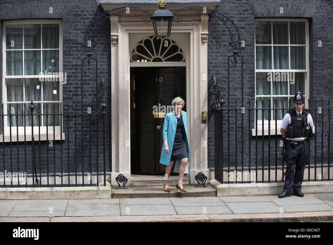 Theresa May, Home Secretary leaves No.10 after the Conservative Party EU emergency Cabinet Meeting in Downing Street, - Stock Image