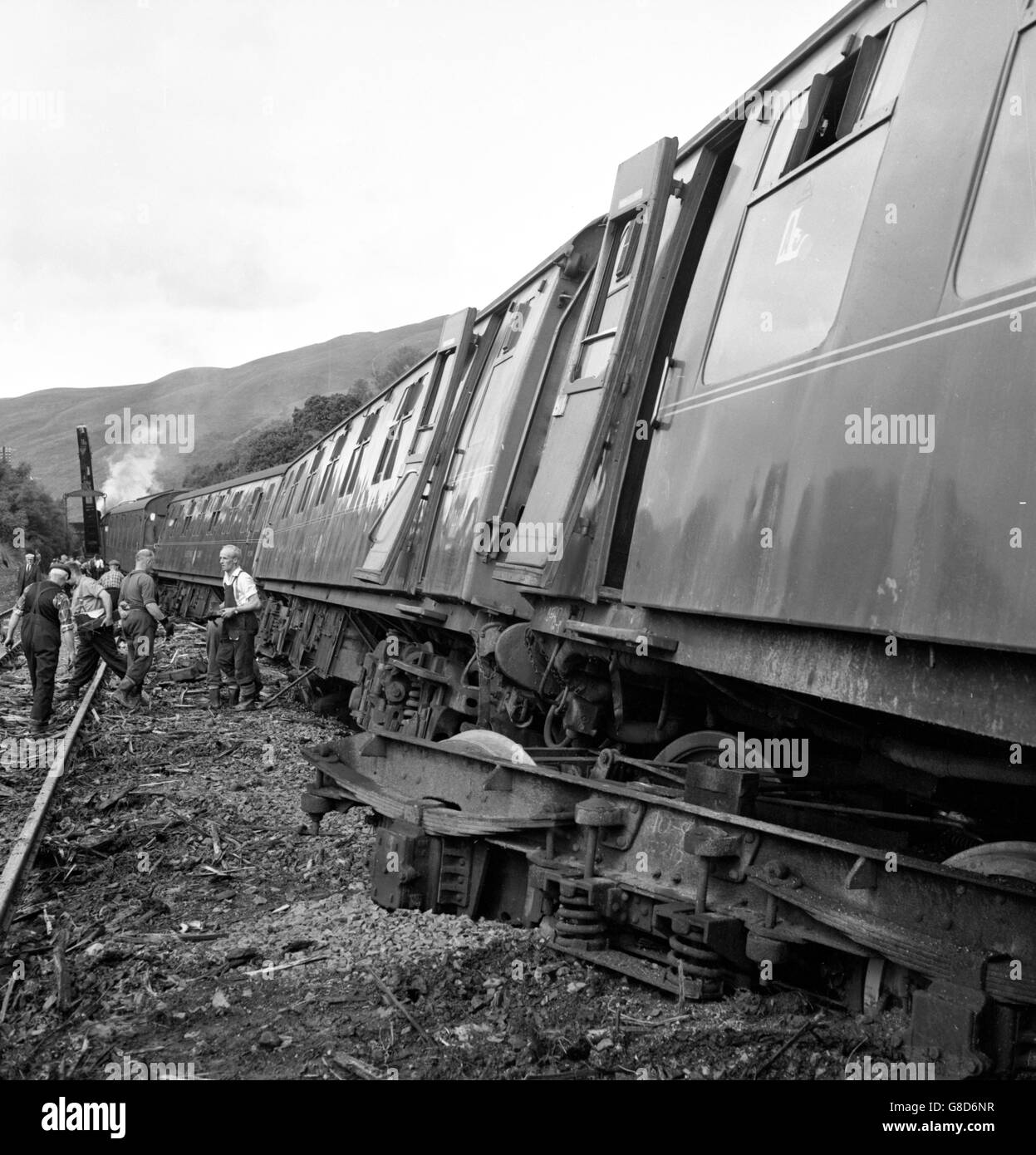 Disasters and Accidents - Landslide - Glasgow-Euston Express Train - Glenairlie Bridge, Scotland - Stock Image