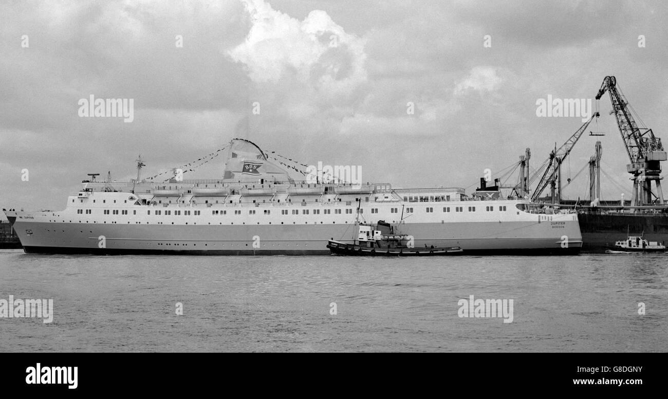 Transport - First Britain/Norway Car Ferry - M/S Jupiter