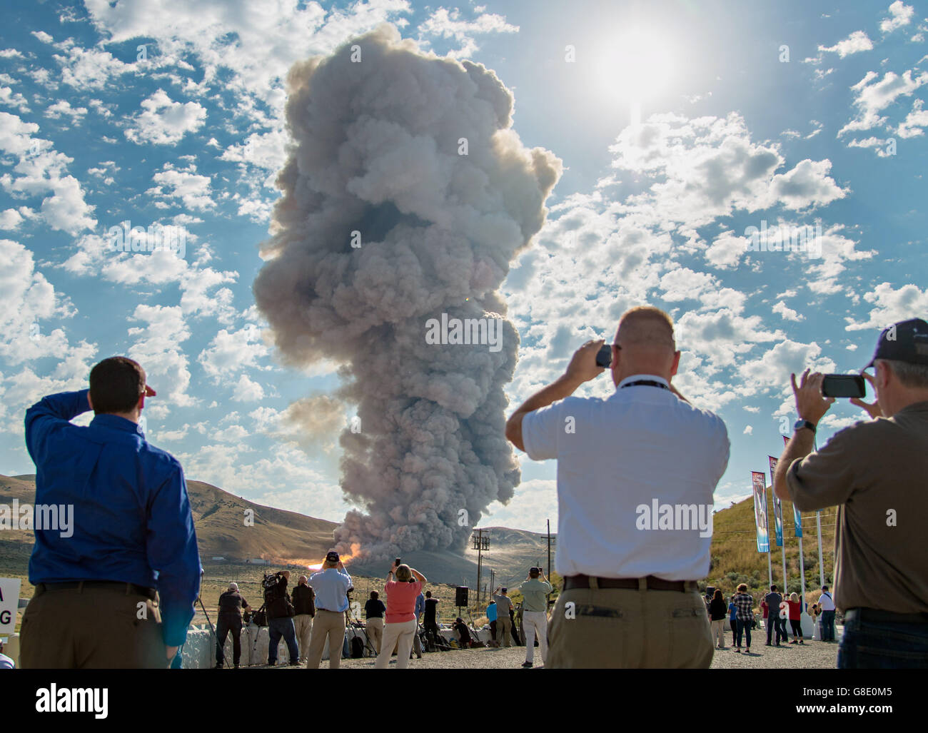 Promontory, Utah, USA. 28th June, 2016. Guests watch smoke and flames rise during the second and final qualification - Stock Image