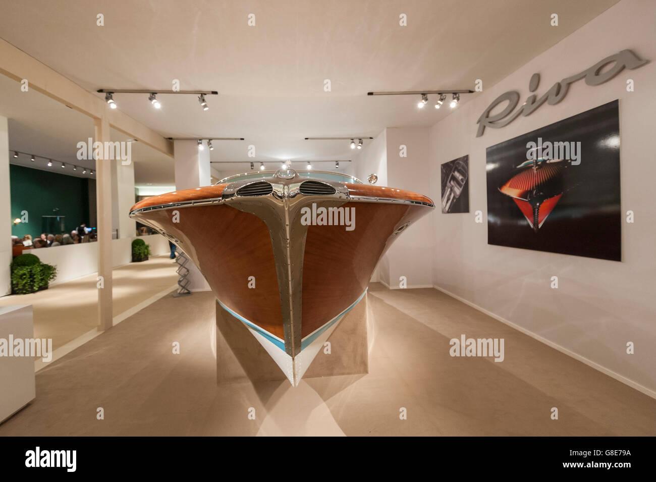 London, UK.  29 June 2016. An Italian, hand-built, 1967 Riva Aquarama speedboat with 2 5L V8 petrol engines at the - Stock Image