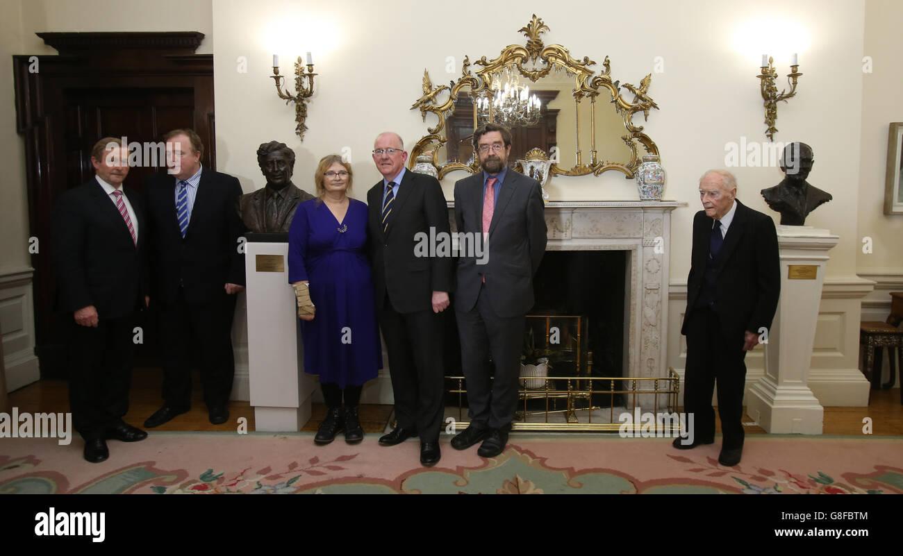 Anglo Irish Agreement Anniversary Stock Photo 108518052 Alamy