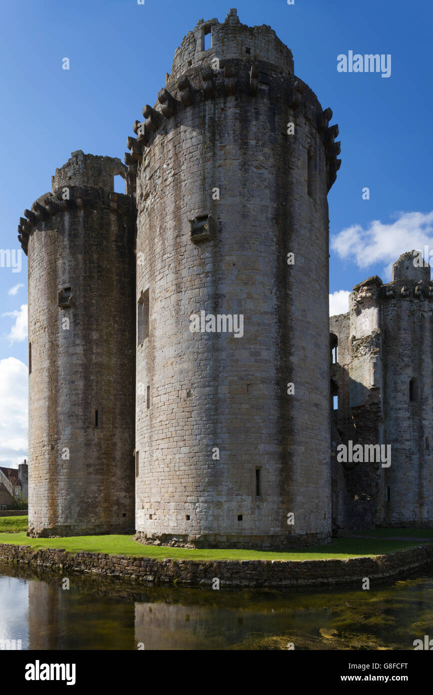 The ruined medieval towers of Nunney Castle near Frome in Somerset, England Stock Photo