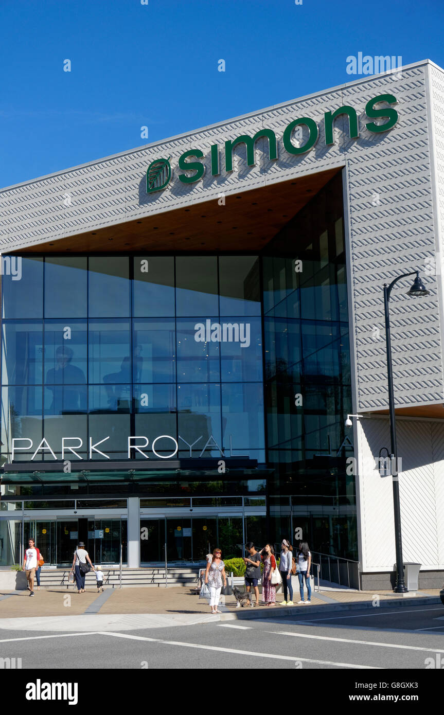 People In Front Of Simons Clothing And Home Decor Store In Park Royal  Shopping Centre, West Vancouver, British Columbia, Canada