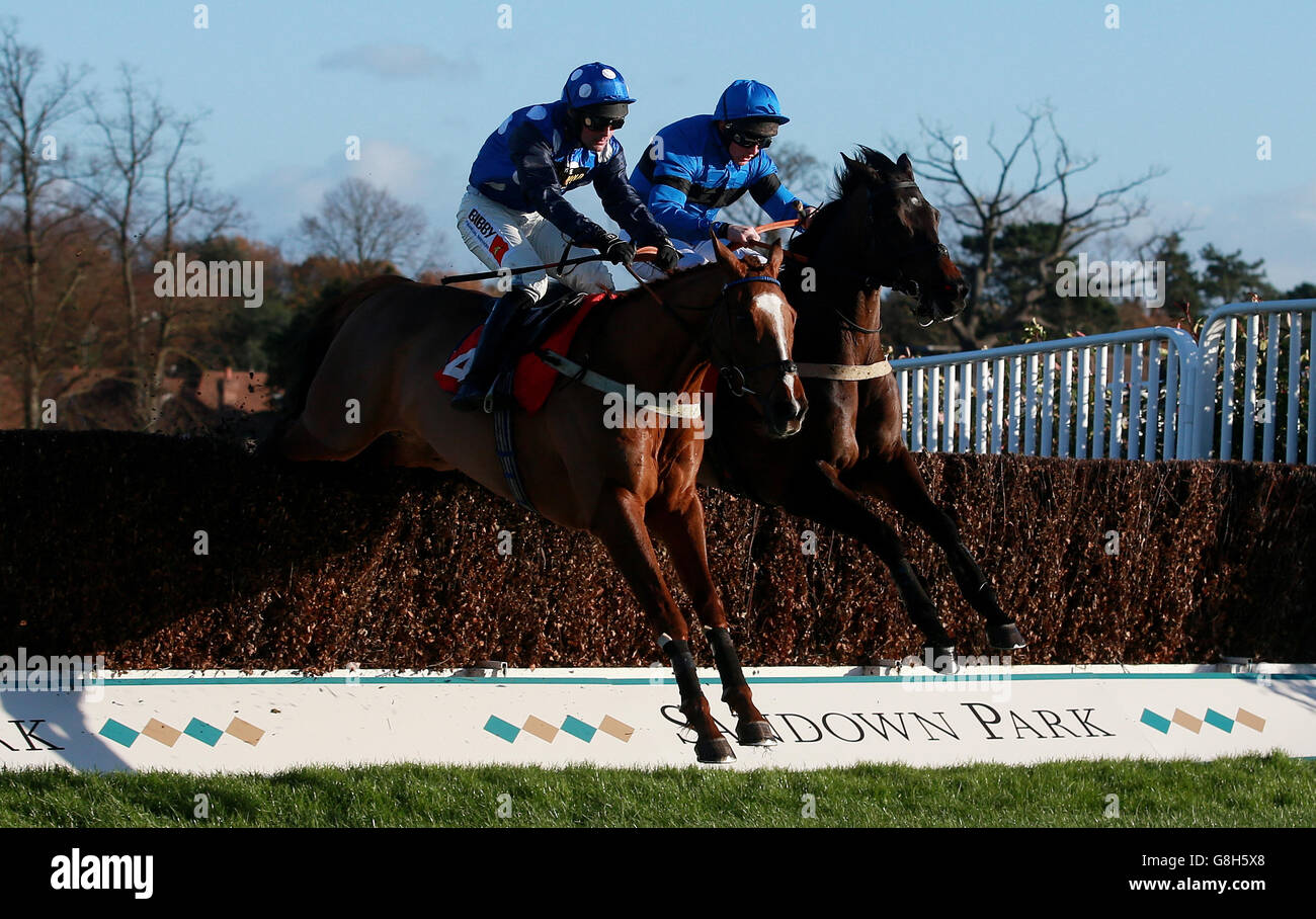 Tingle Creek Christmas Festival - Day One - Sandown Park Racecourse - Stock Image
