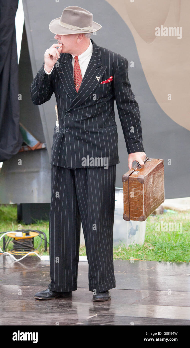 A spiv reenactor at the 'Dig for Victory' weekend in Somerset - Stock Image
