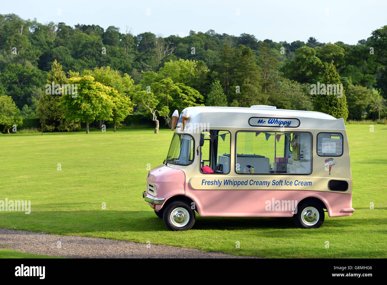 Vintage Mr Whippy Ice cream van - Stock Image