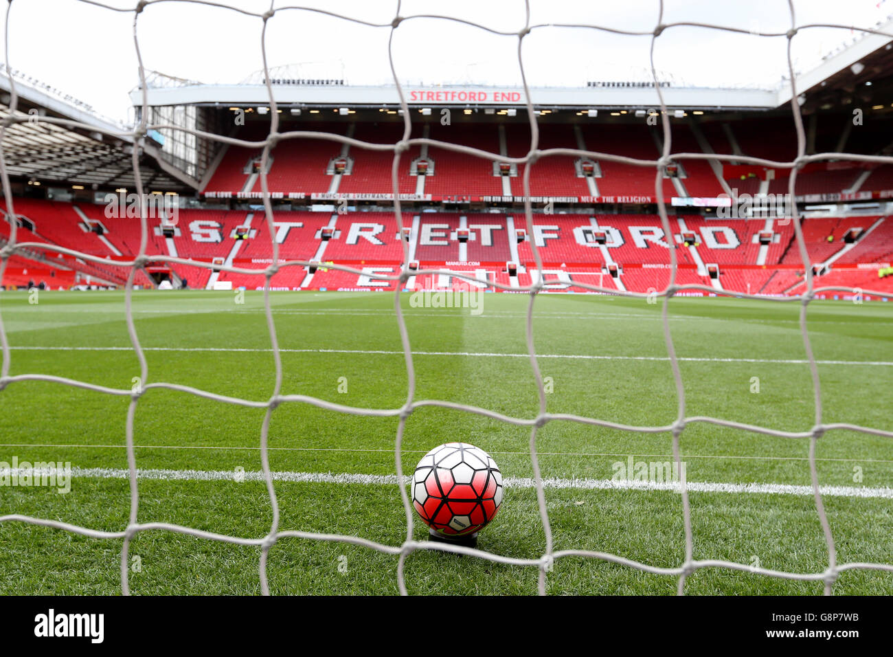 Manchester United v Arsenal - Barclays Premier League - Old Trafford - Stock Image