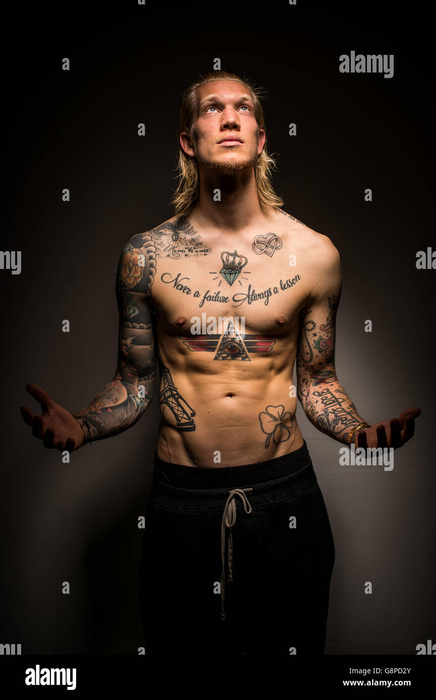 Page 3 Torso Tattoos High Resolution Stock Photography And Images Alamy