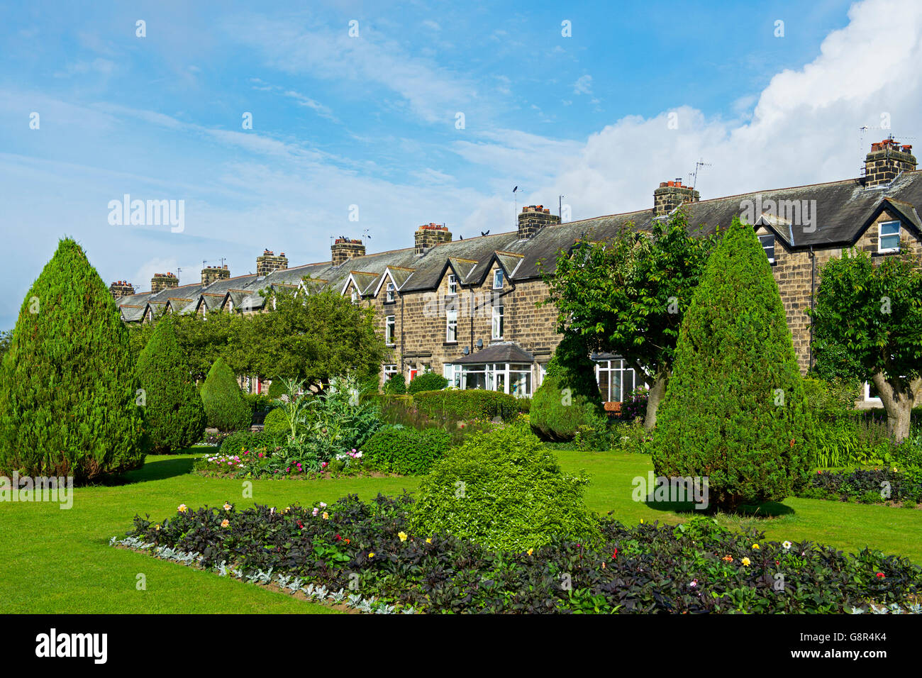 Terraced houses - Wharfe Meadows - Otley, West Yorkshire, England UK - Stock Image