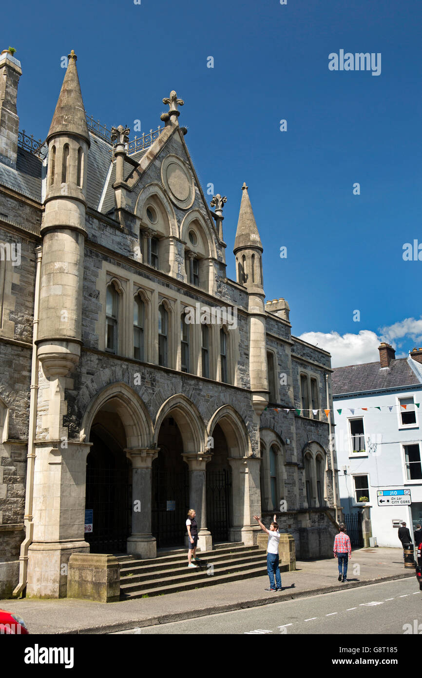 Ireland, Co Sligo, Sligo, Teeling Street, Courthouse building - Stock Image