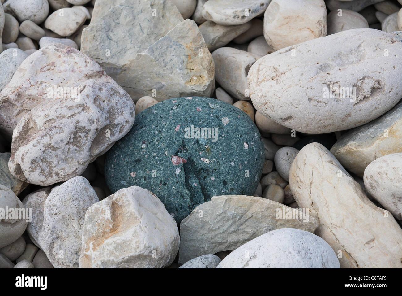 Rocks on the beach at Halfway Log Dump in Bruce Peninsula National Park near Tobermory, Ontario, Canada - Stock Image
