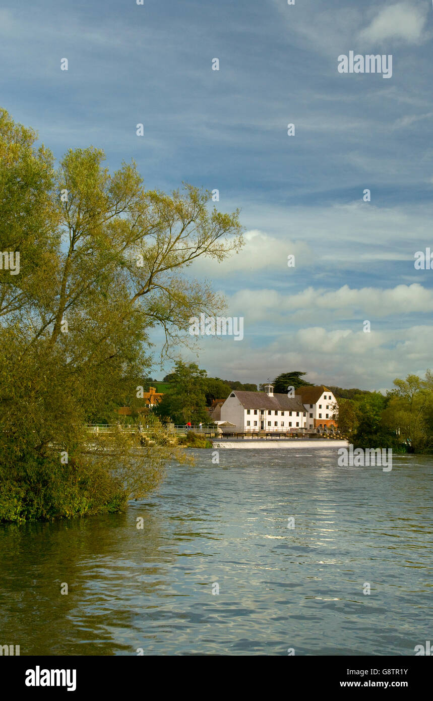 Hambleden Mill on the Thames  Near Henley Oxfordshire - Stock Image