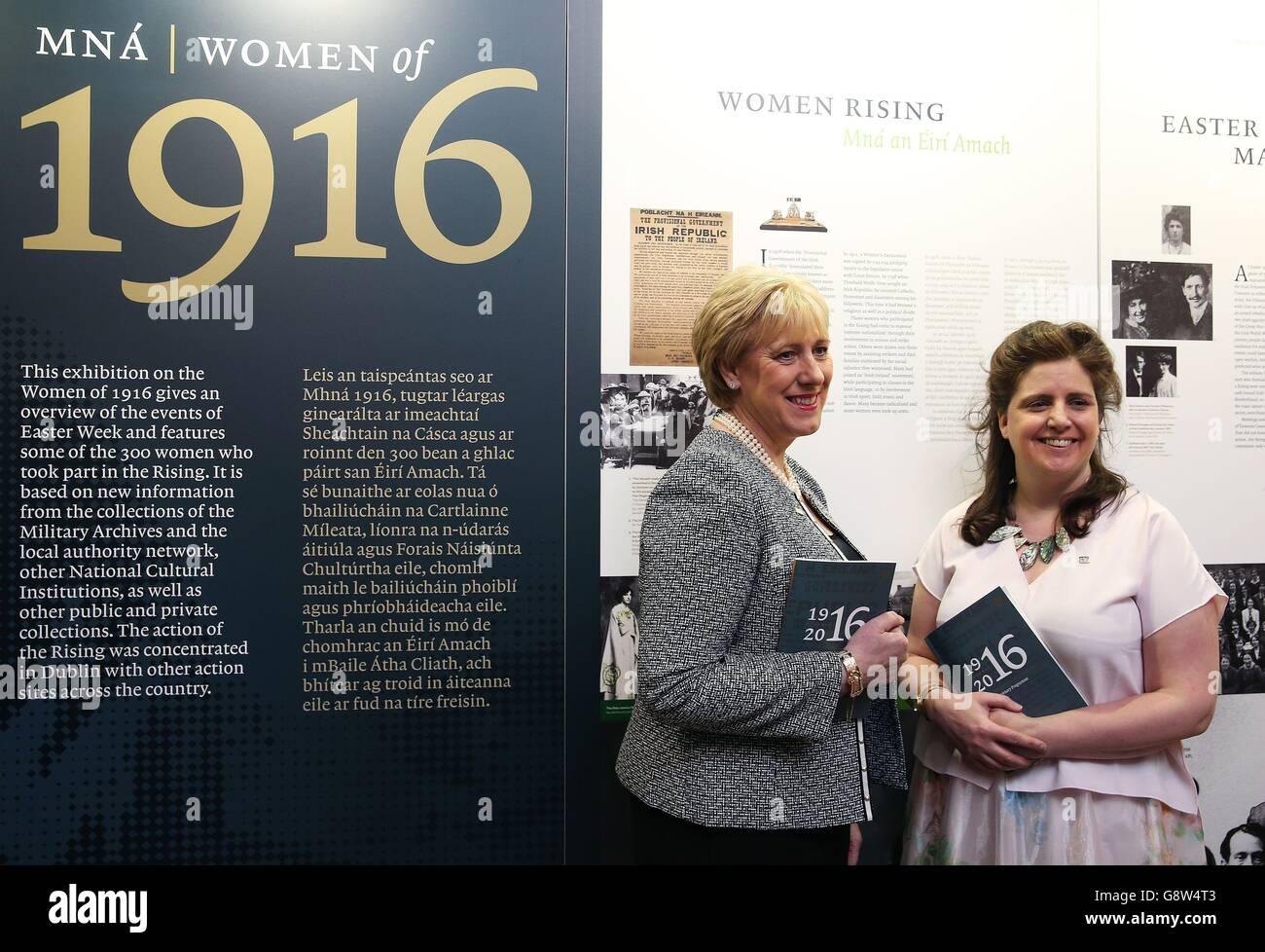Mna 1916 - Women 1916 opening - Stock Image