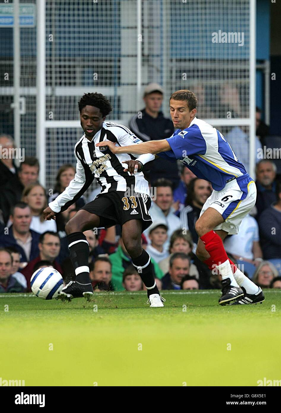 Soccer - FA Barclays Premiership - Portsmouth v Newcastle United - Fratton Park - Stock Image