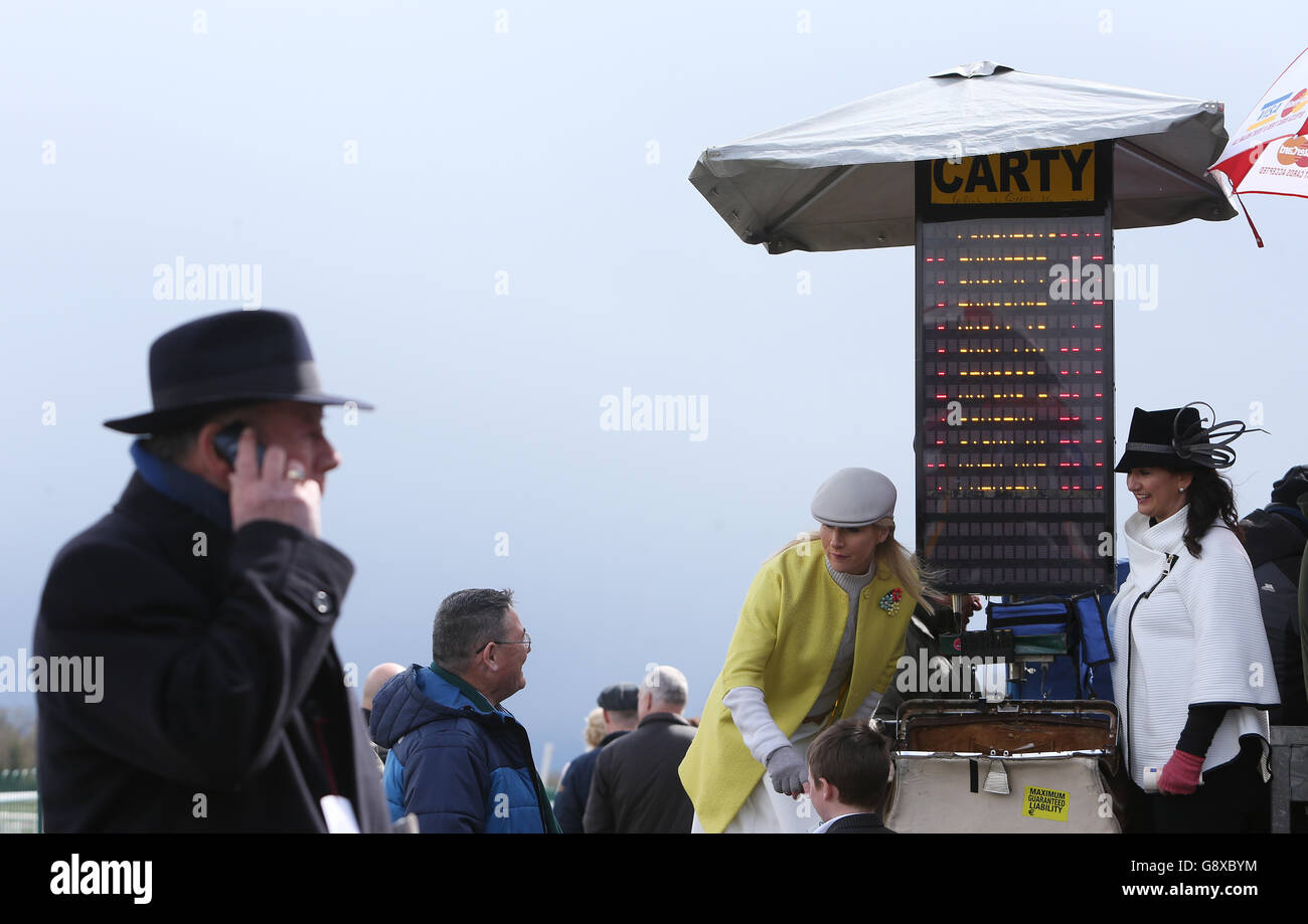 Punchestown Festival - Day Four - Ladbrokes Champion Stayers Hurdle Day Stock Photo