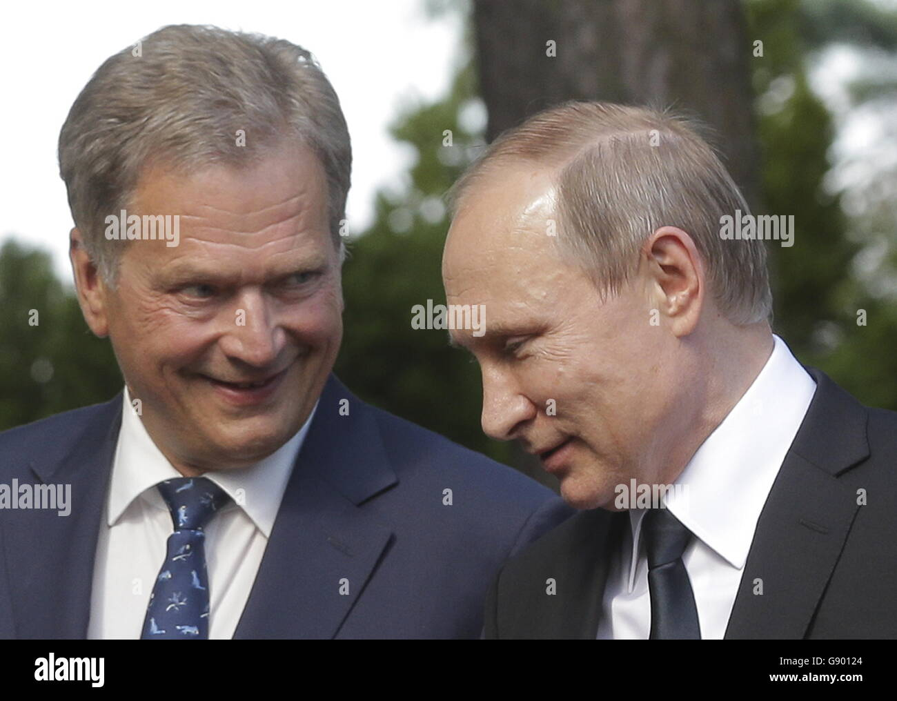 Naantali, Finland. 1st July, 2016. Finland's President Sauli Niinisto (L) and Russia's President Vladimir - Stock Image