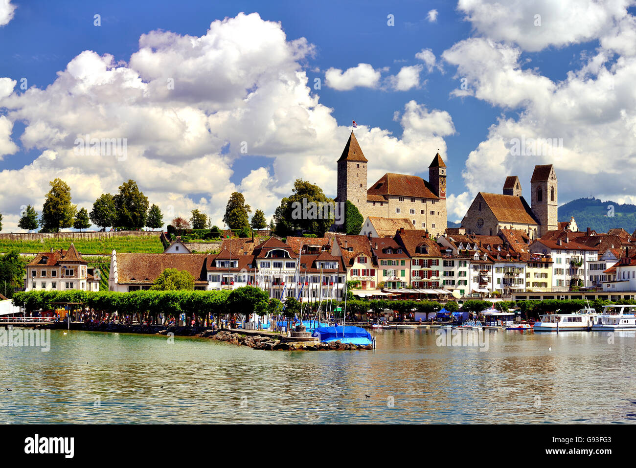 Lake Zurich, historic centre and Castle, Rapperswil, Canton of St. Gallen, Switzerland - Stock Image