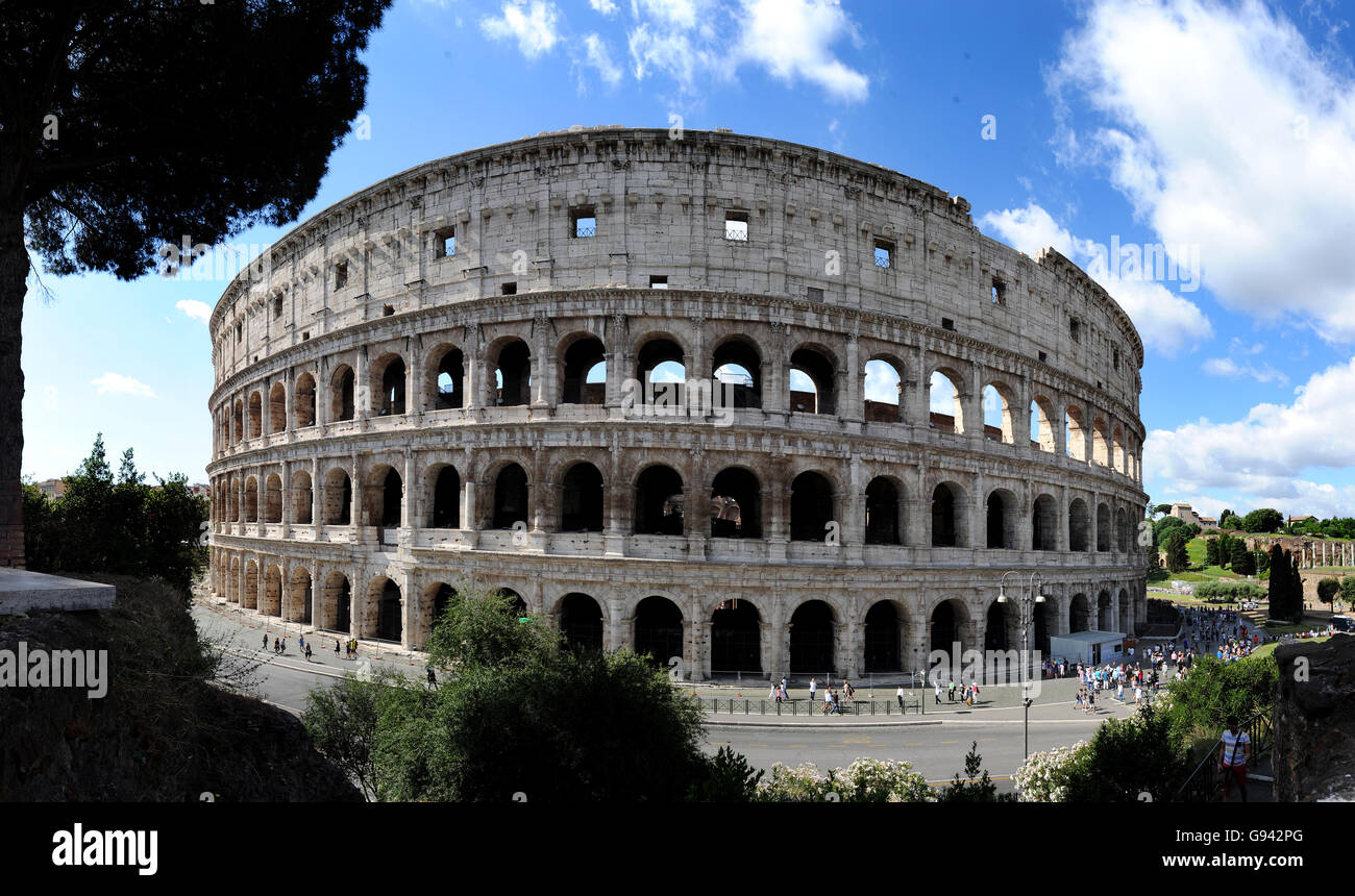 Rome, Italy. Colosseum panoramic image. Picture by Paul Heyes, Wednesday June 01, 2016.  Rome, Italy. Picture by - Stock Image