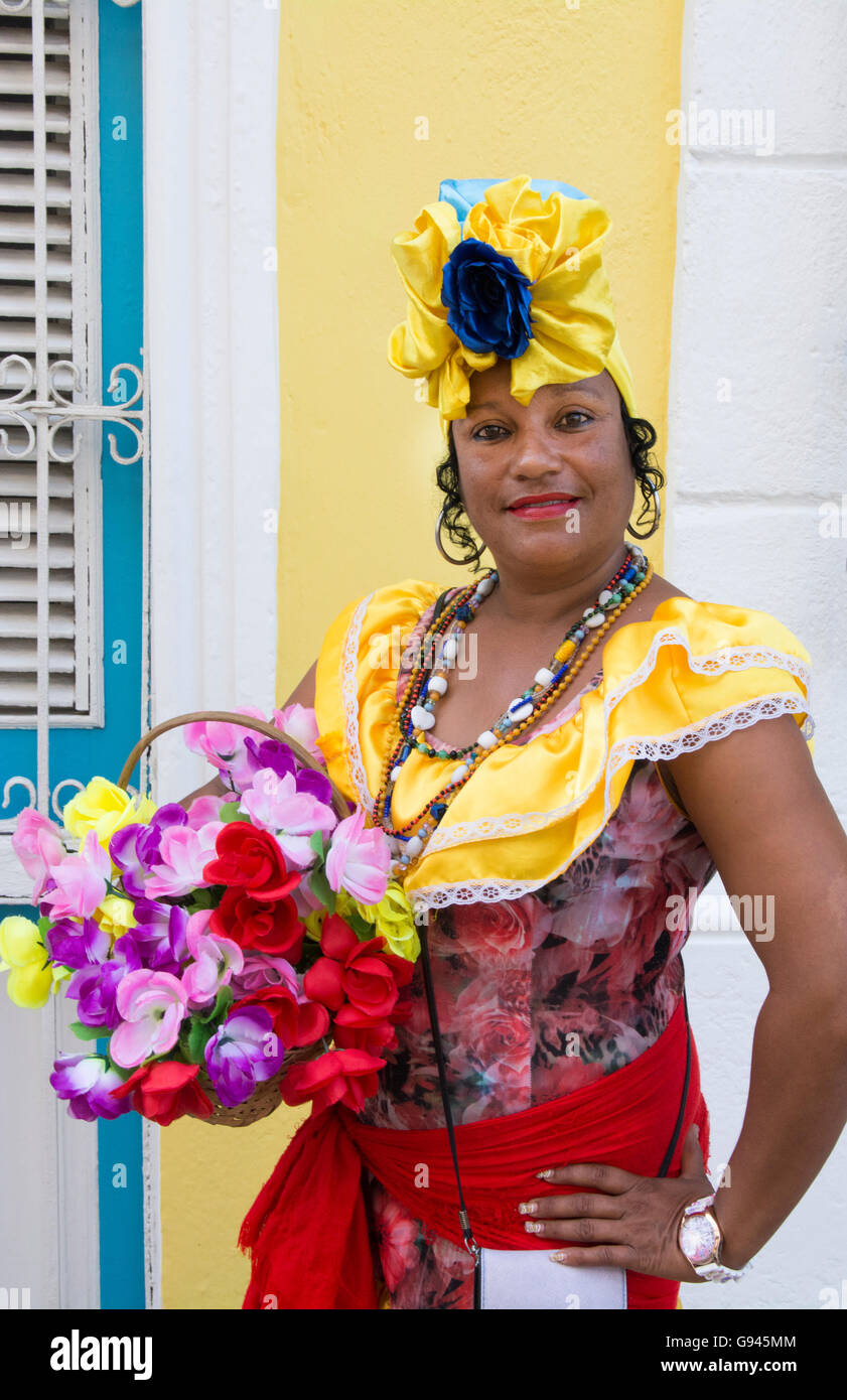 Old Havana Cuba Habana woman in costume with flowers for tourists colorful Cuba Today Model released MR-3  sc 1 st  Alamy & Old Havana Cuba Habana woman in costume with flowers for tourists ...
