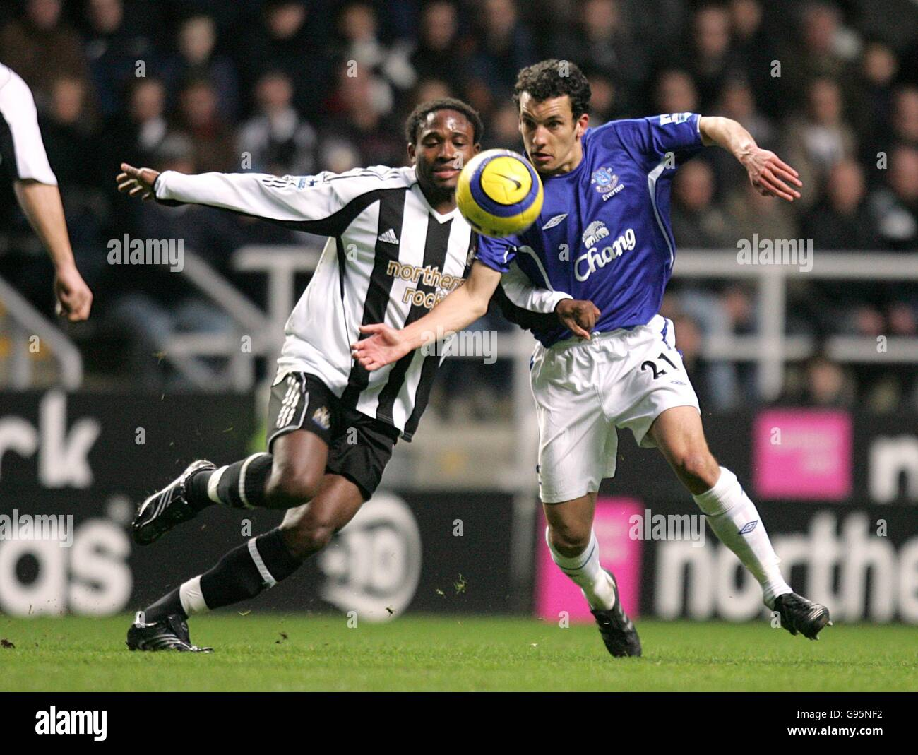 Soccer - FA Barclays Premiership - Newcastle United v Everton - St James Park - Stock Image