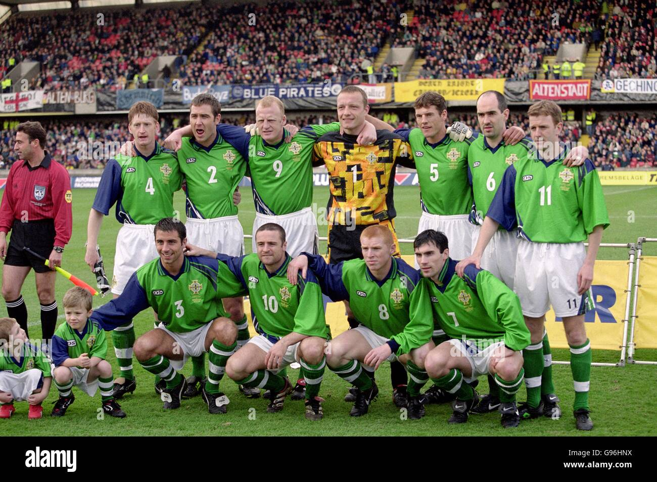 b6d3f816468 Soccer - Euro 2000 Qualifier - Group Three - Northern Ireland v Germany -  Stock Image