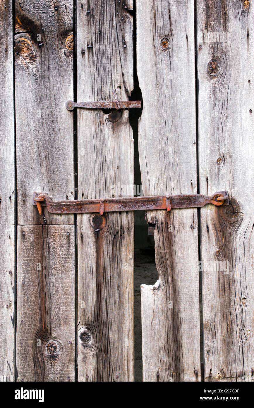 Old wooden barn door textures & Old wooden barn door textures Stock Photo: 108960342 - Alamy