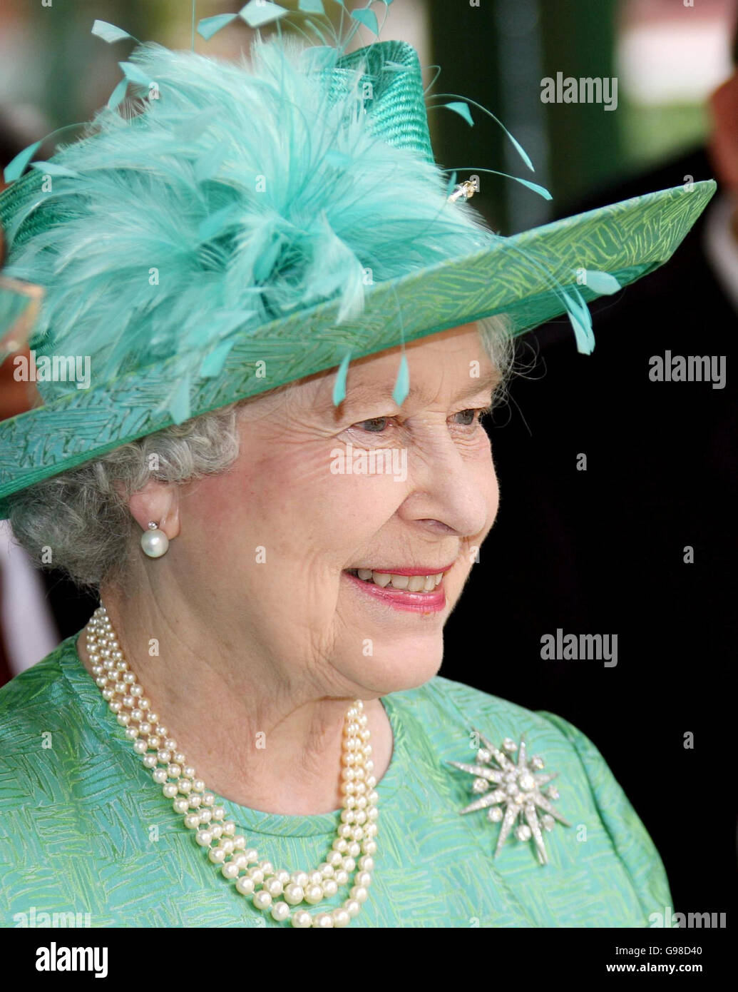 Royalty - Queen Elizabeth II Visit to Singapore - Stock Image
