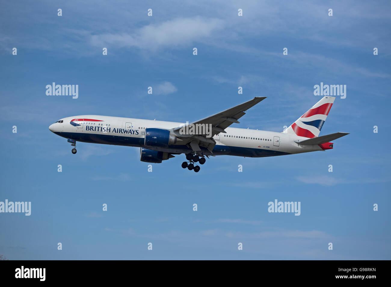British Airways Boeing 777-236 Registration G-VIMM on approach to London Heathrow Airport.  SCO 10,468. - Stock Image