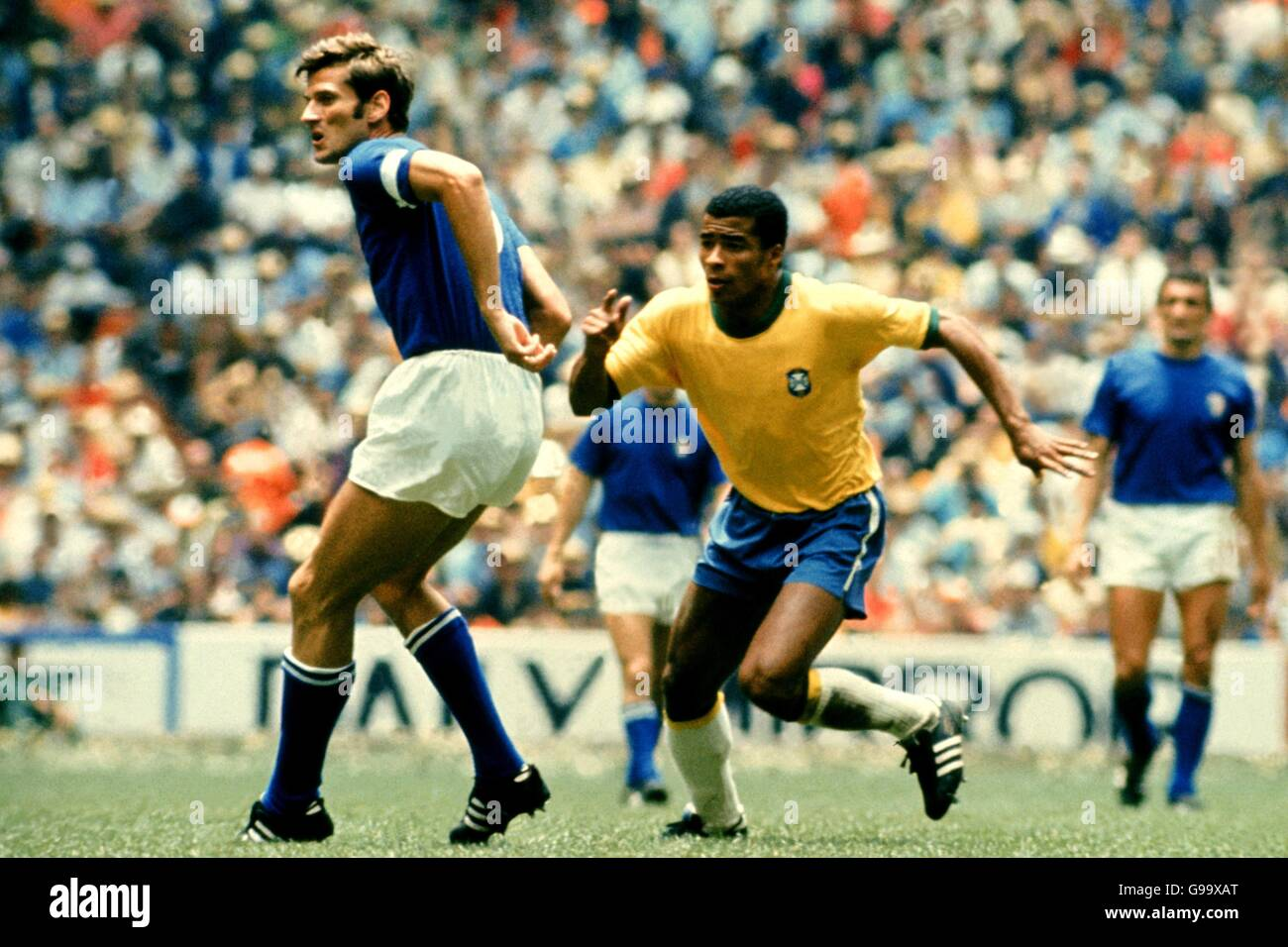 Pics of the world cup soccer brazil vs italy 1970