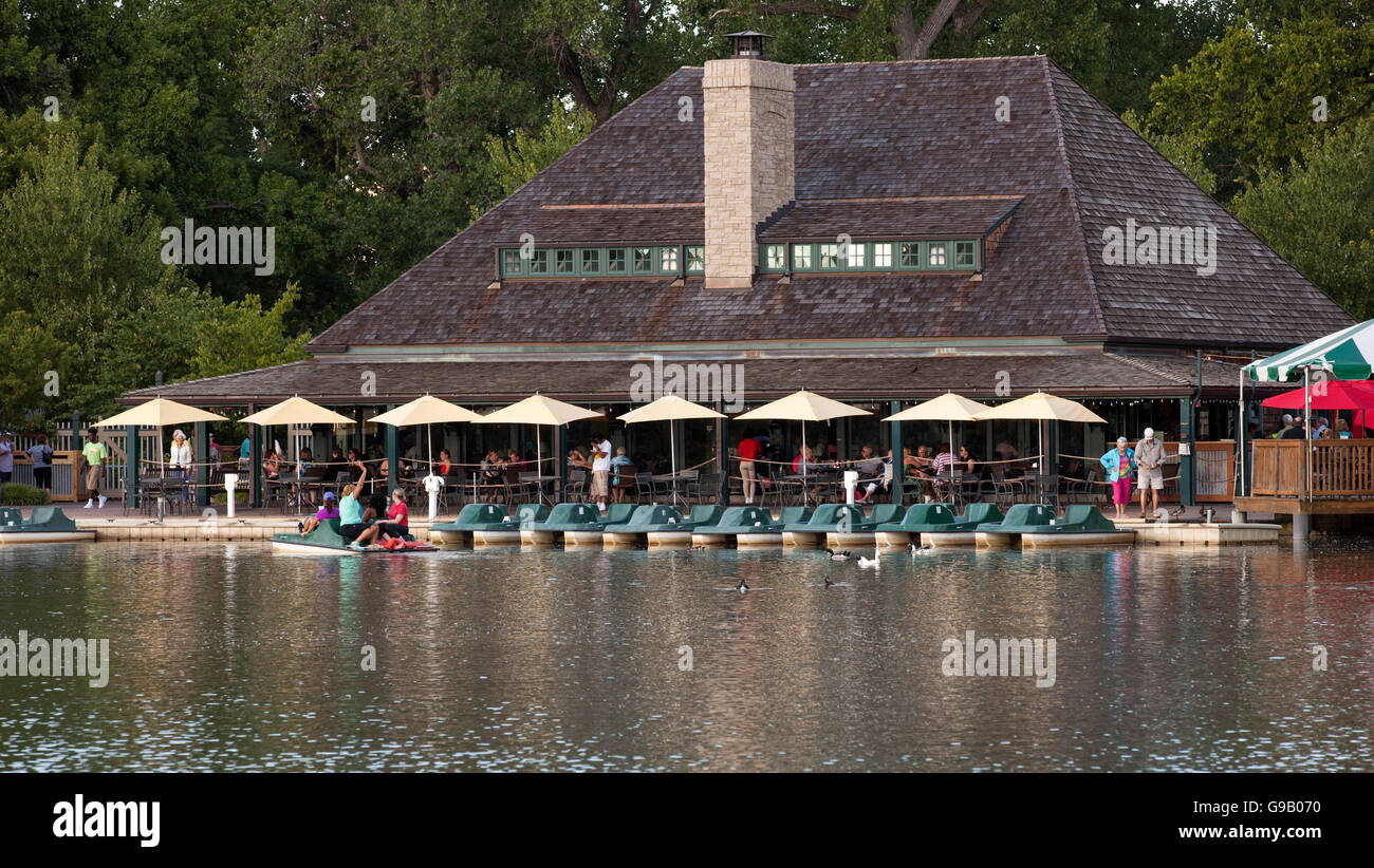 Boathouse Restaurant And Paddle Boat Rental In Forest Park