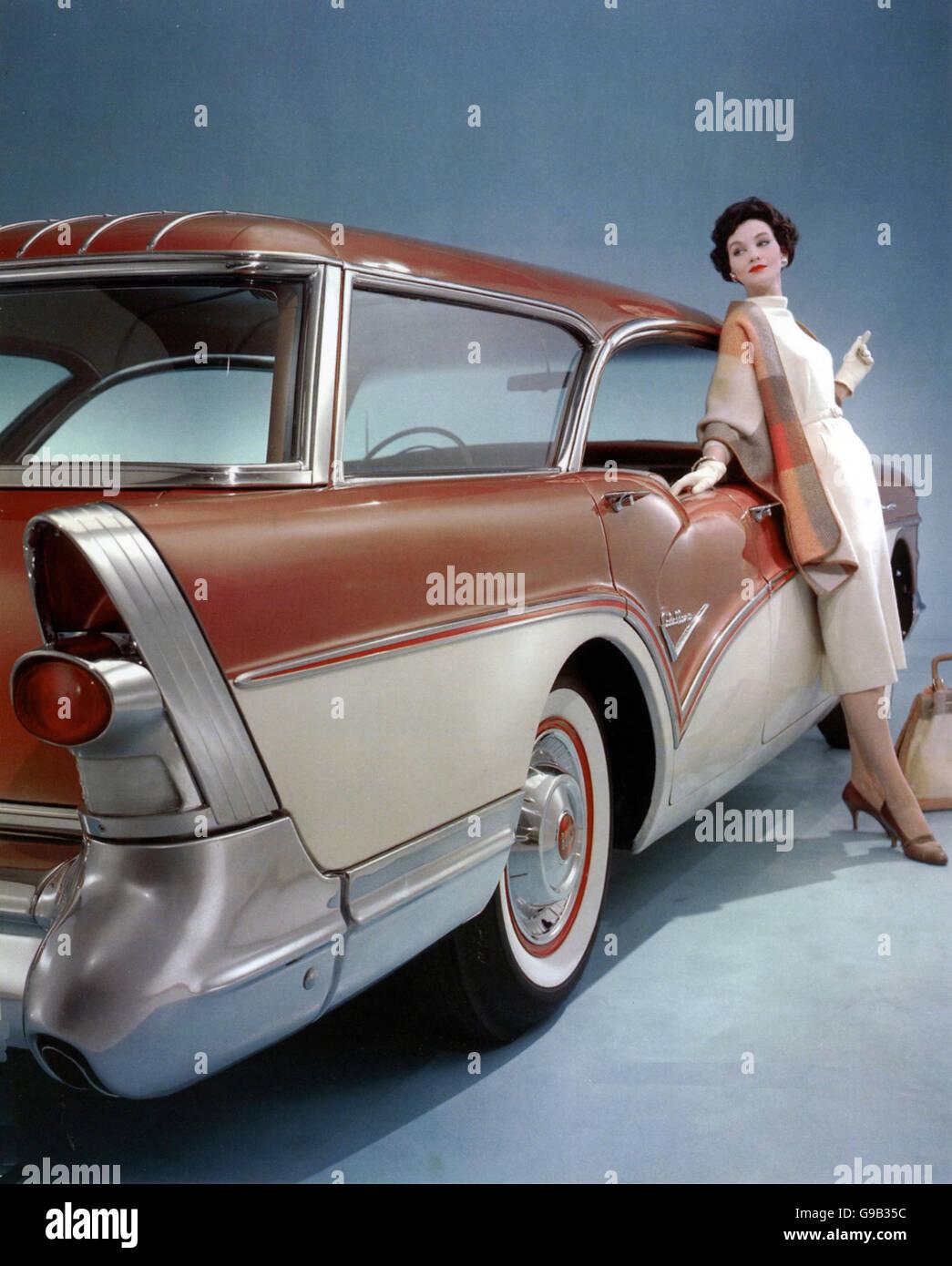 BUICK SERIES 60 Century Caballero Wagon of 1957. Photo General Motors - Stock Image