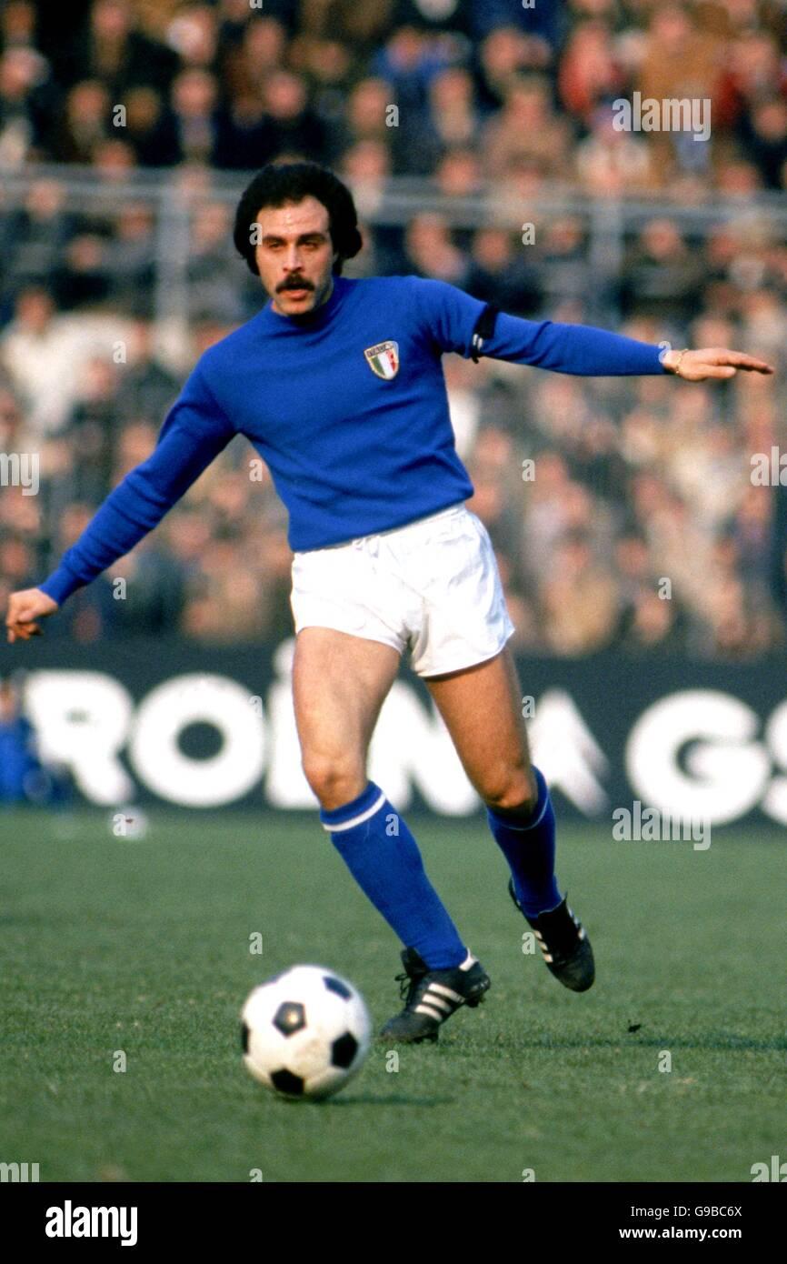 Soccer - Friendly - Italy v Holland Stock Photo