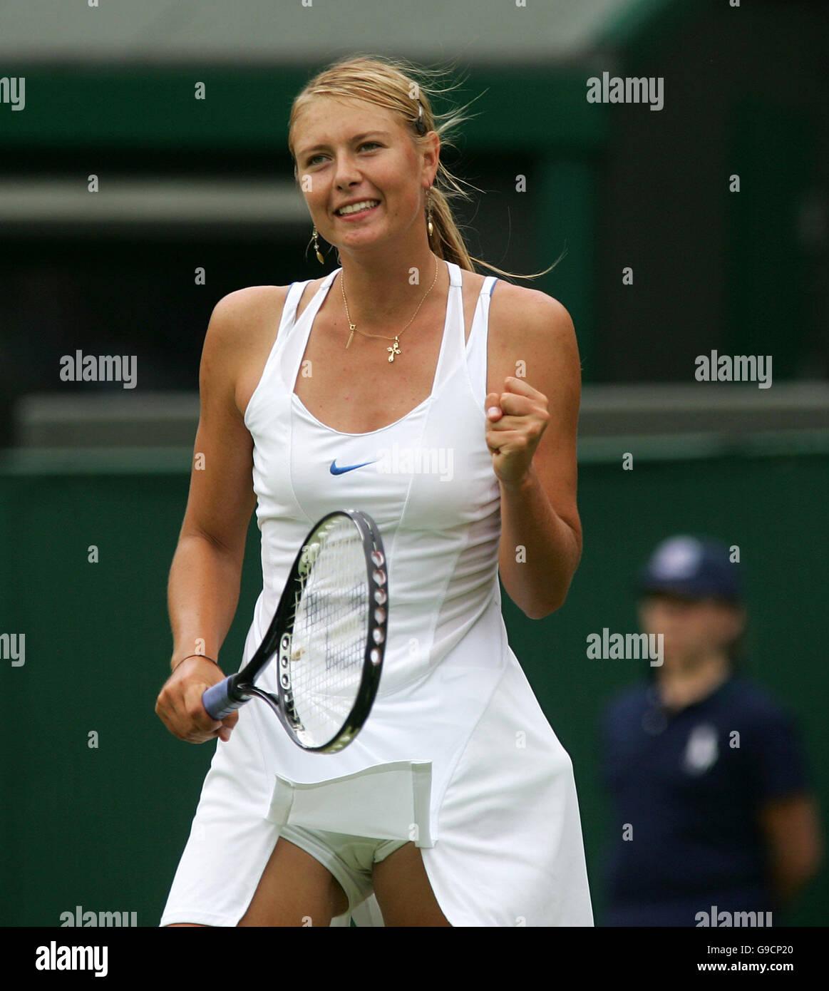 Faultless! How Anna Kournikova & Maria Sharapova changed