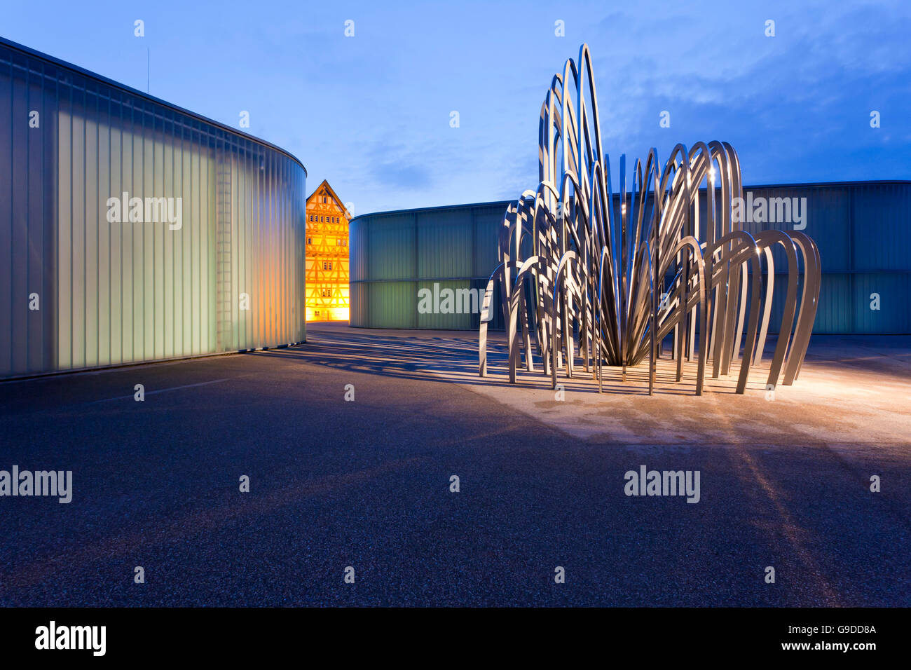Stihl Galerie on the left, Kunstschule Unteres Remstal school of arts on the right, sculpture by Olafur Eliasson, - Stock Image