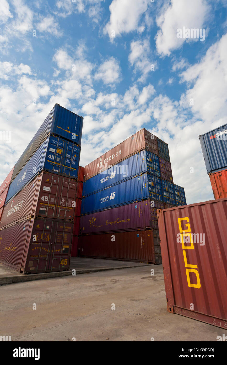 Containers in the port area, lettering 'Gold', port, Stuttgart, Baden-Wuerttemberg - Stock Image