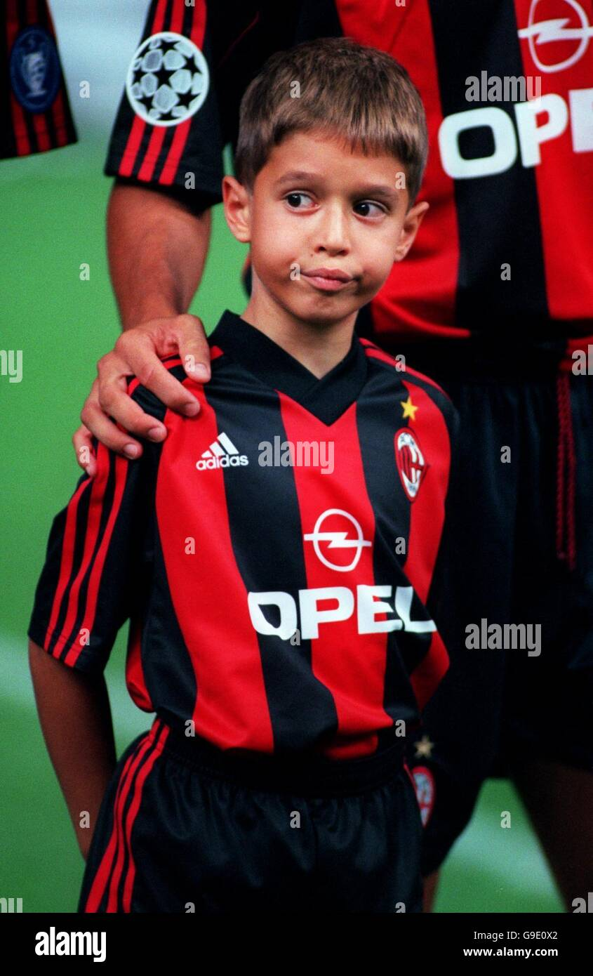 Soccer - UEFA Champions League - Group H - AC Milan v Besiktas - Stock Image