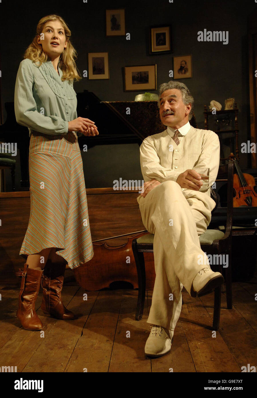 Rosamund Pike during a photocall for 'Performances' - Stock Image