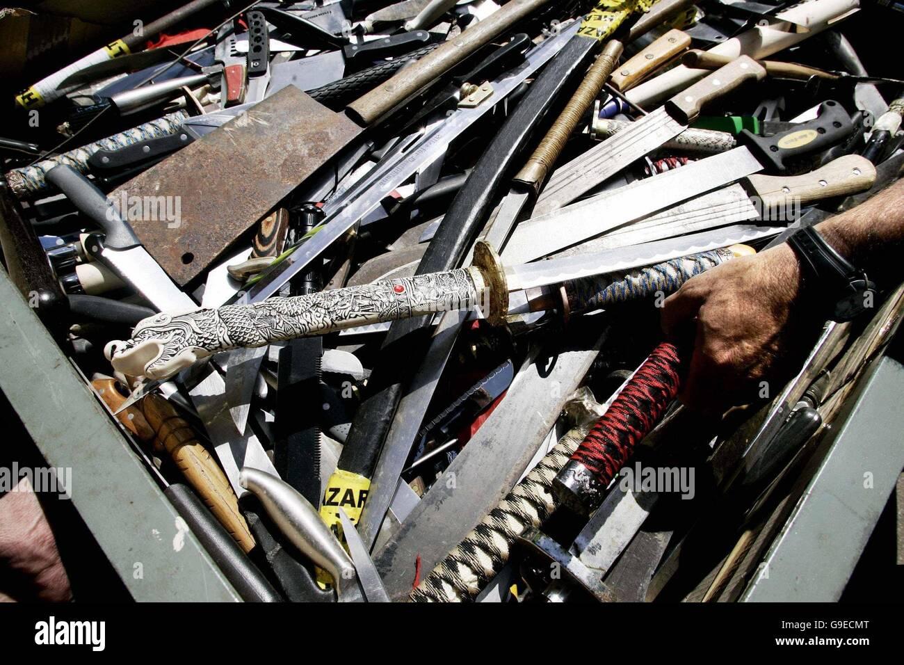 2006 - knife amnesty Stock Photo