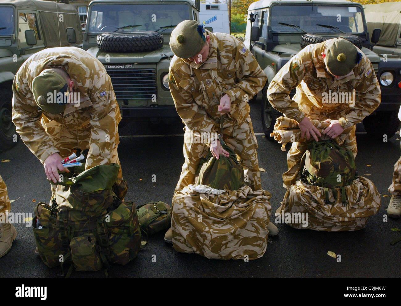 Royal Regiment of Scotland territorials prepare to leave for Iraq - Stock Image