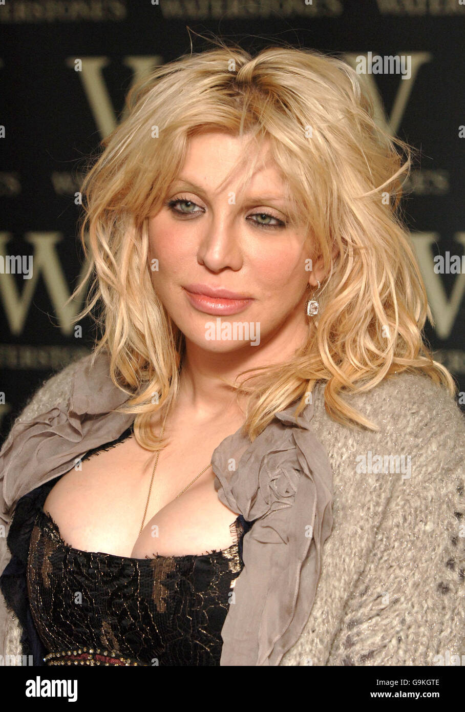 Cleavage Courtney Love nudes (98 photos), Ass, Paparazzi, Feet, lingerie 2015