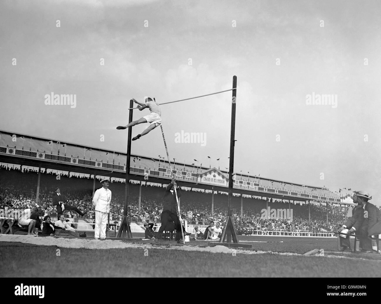 Athletics - London Olympic Games 1908 - Pole Vault - Final - White City - Stock Image