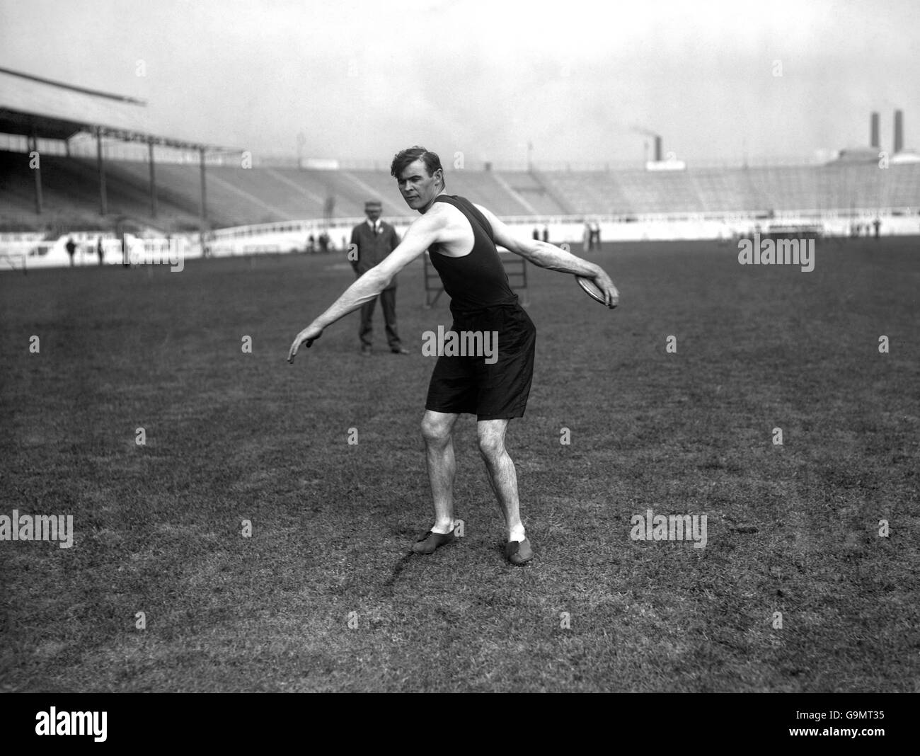 Athletics - London Olympic Games 1908 - Discus - Final - White City - Stock Image